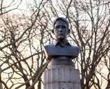Artists secretly install Edward Snowden statue in Brooklyn park