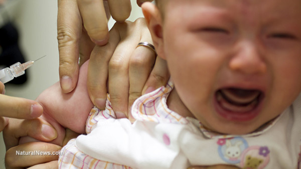 Baby-Crying-Vaccine-Injection