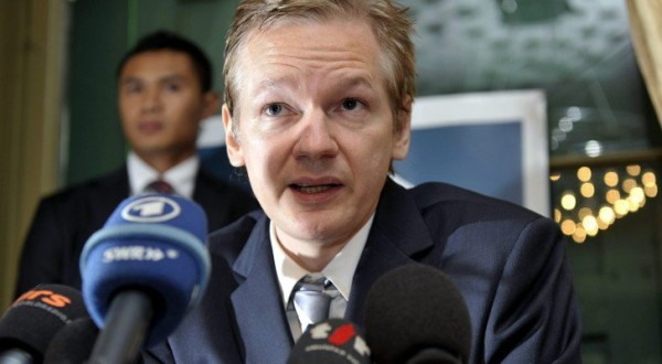 wikileaks-founder-julian-assange-reveals-real-intentions-behind-the-trans-pacific-partnership-tpp