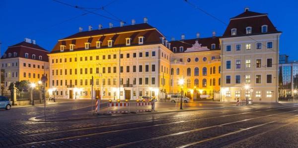 Taschenbergpalais, Hotel Kempinski zur blauen Stunde, Dresden, Sachsen, Deutschland Taschenbergpalais Hotel Kempinski to blue Hour Dresden Saxony Germany