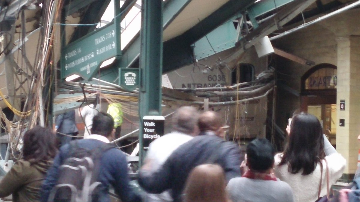 #BREAKING: New Jersey Transit Train Derailed, Hundreds Injured, 3 DEAD