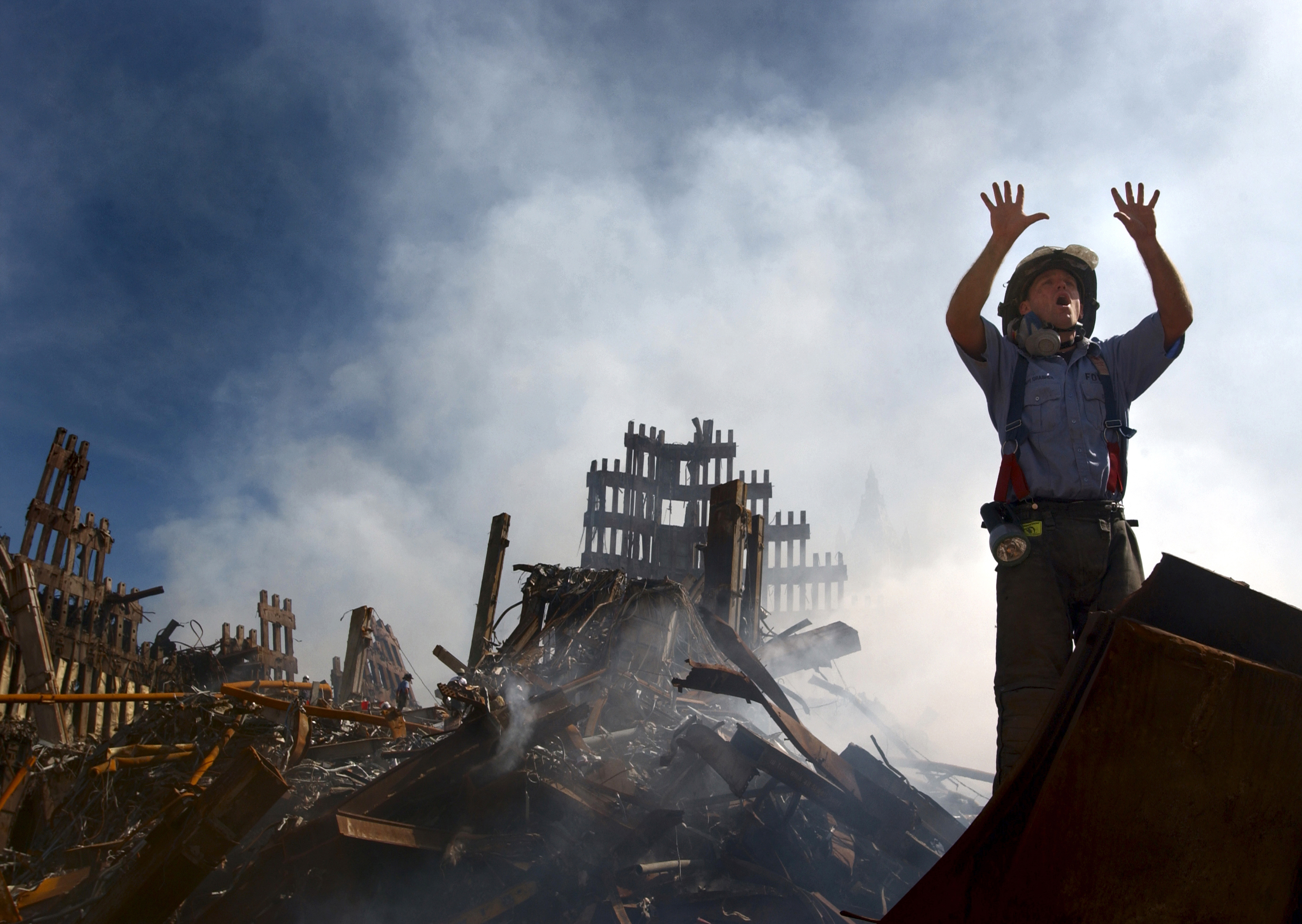 CIVIL ENGINEERING RESEARCHERS DISPROVE OFFICIAL EXPLANATION OF WTC 7'S DESTRUCTION