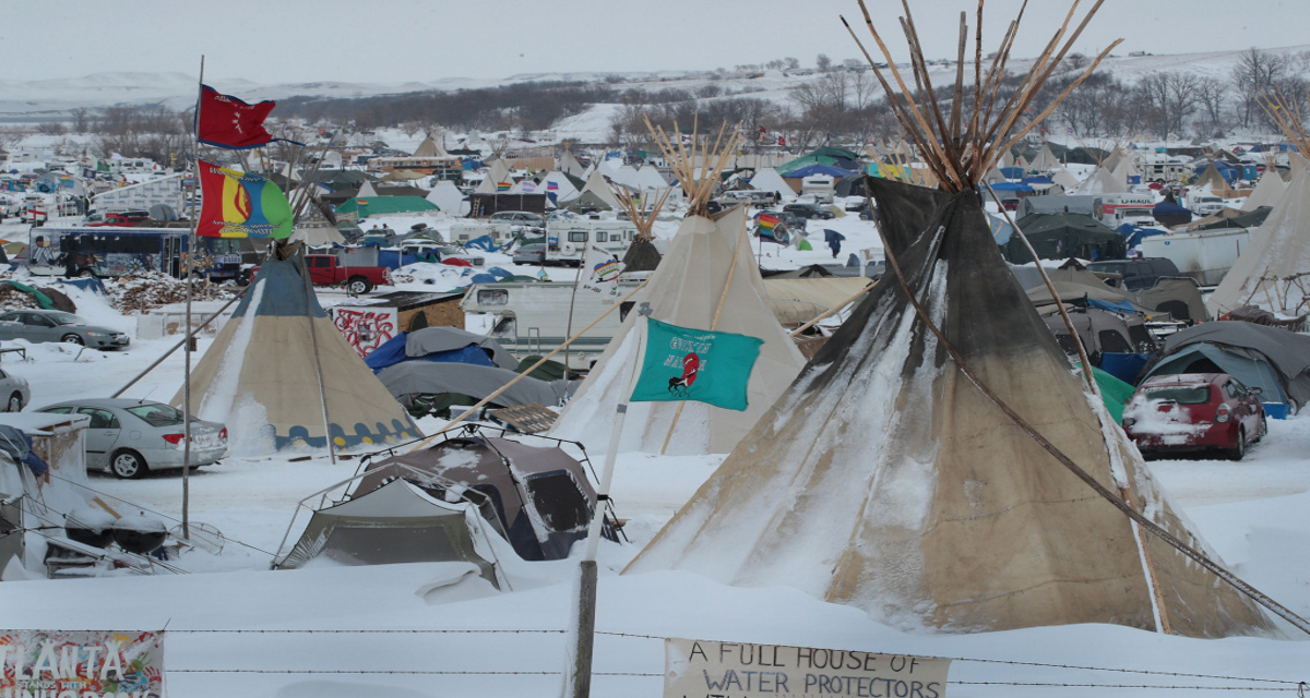 Hardware Stores Near Standing Rock are Refusing to Sell Supplies to Water Protectors !