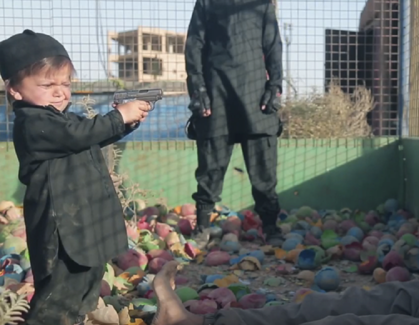 Nightmare ISIS Video Features Tiny Children Murdering Men Tied to Broken Carnival Rides