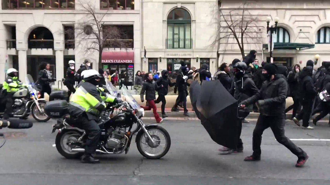 WATCH: DC Police Launch Flash Bang Grenades, Pepper Spray Protesters Prior To Inauguration