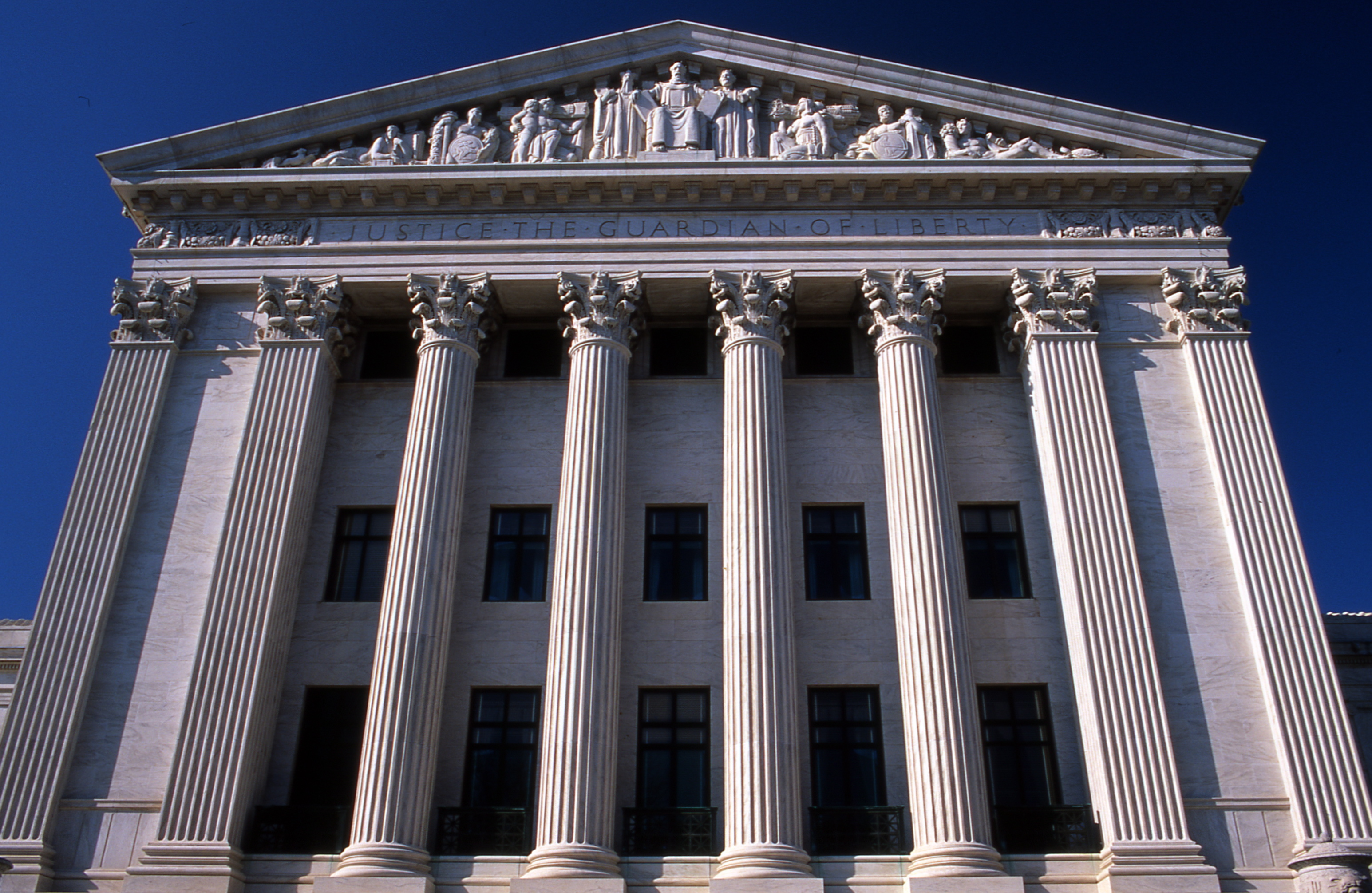 Supreme Court Rules that Cops DO NOT Need a Warrant to ...