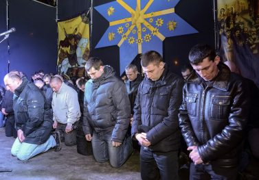 Riot Police Get On Their Knees To Beg For Forgiveness For Taking Part In Ukraine Crackdown