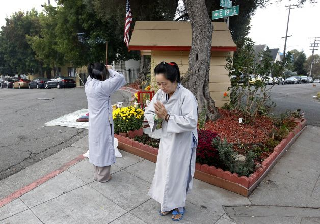 POSITIVE NEWS: Non-religious guy randomly decides to install a Buddha statue in his high-crime neighborhood. Neighboring Vietnamese ladies start flocking to it, enhance it with gifts and flowers, and hold daily chants. Crime in the vicinity has dropped 82% since 2012
