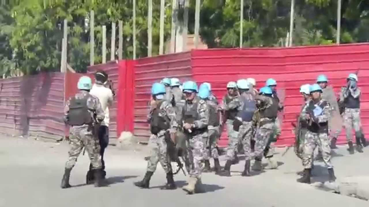 "U.N. ""Peacekeepers"" Use Live Ammo on Protesters"