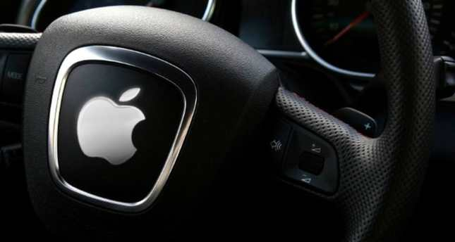 Apple Gears Up to Challenge Tesla in Electric Cars