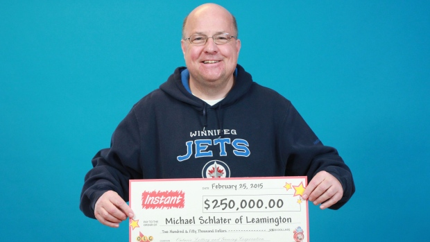 Man Wins $250,000 – Plans To Donate