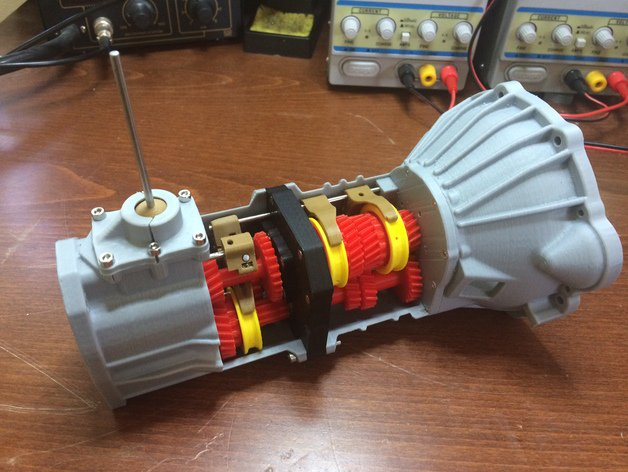 Mechanical Engineer 3D Prints a Working 5-Speed Transmission for a Toyota 22RE Engine