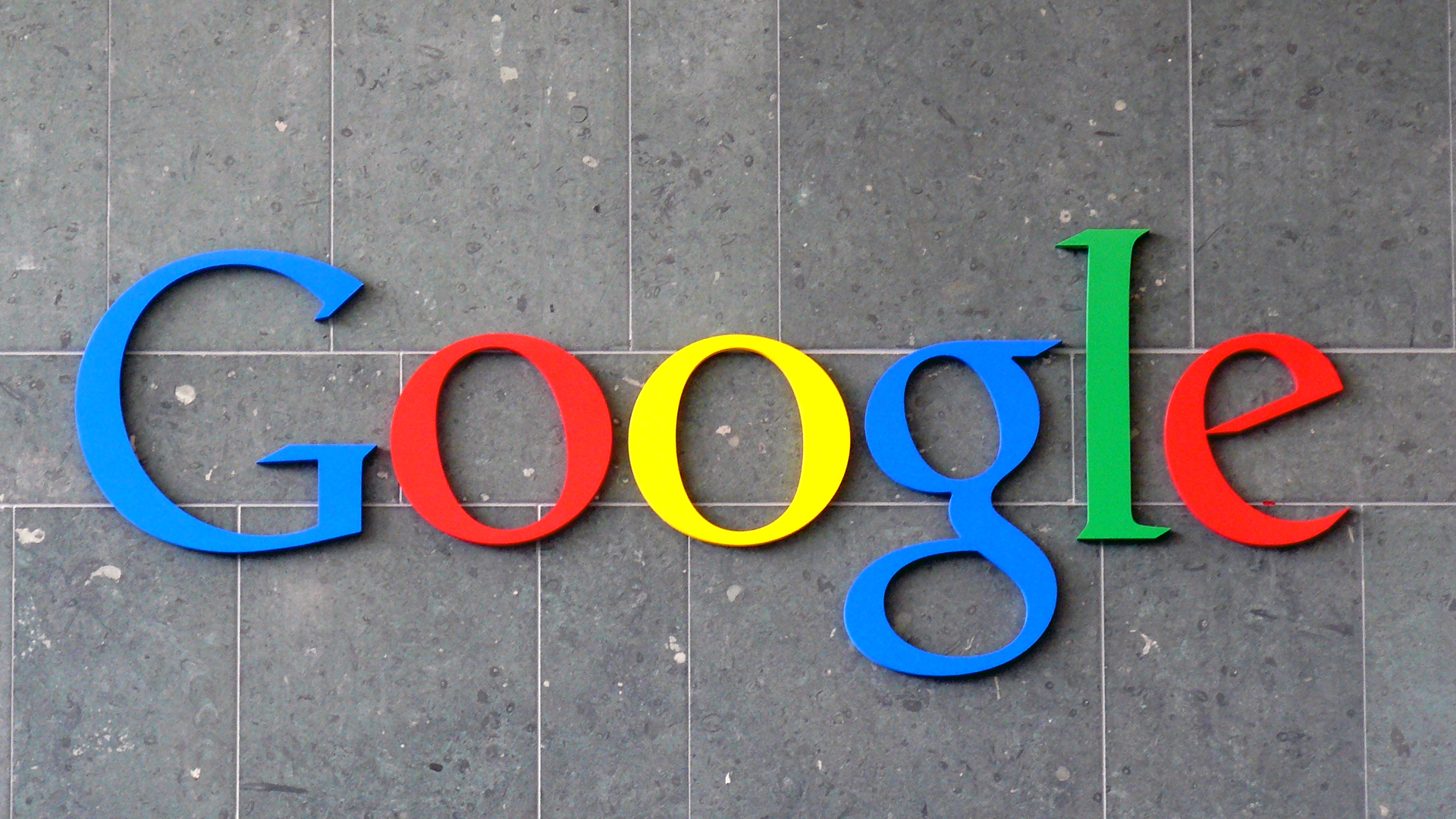 Here's How to Download and Delete What Google Search Knows About You