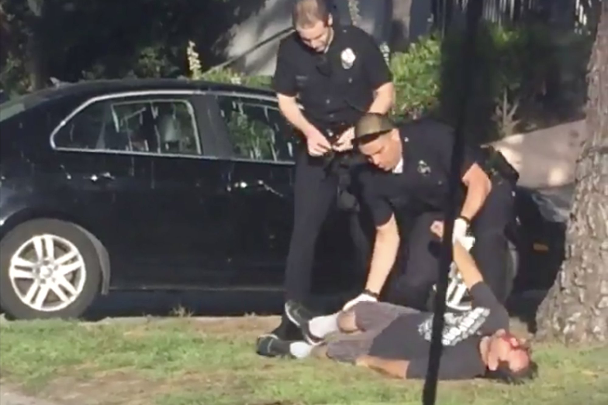 LAPD just shot unarmed man for holding a towel