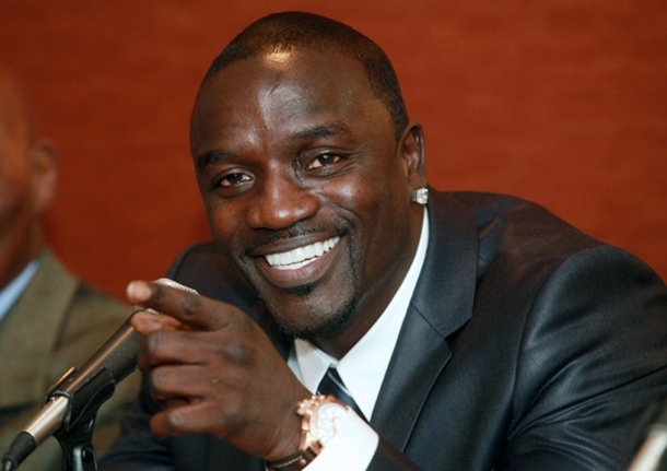 Akon Plans of Supplying Solar Power to 600 Million People in Africa