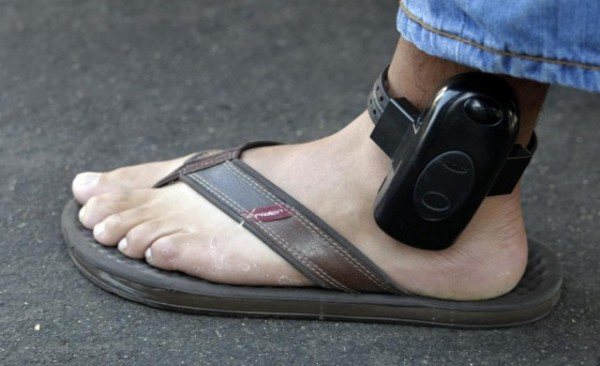 hacking-house-arrest-ankle-bracelet