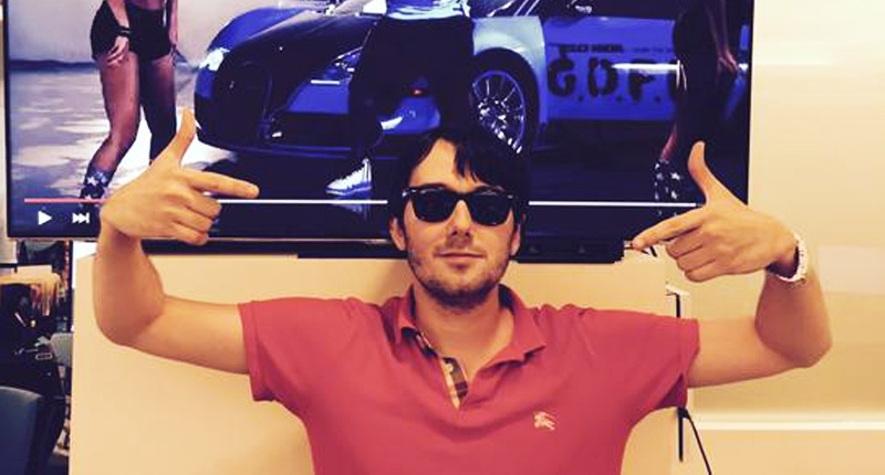 Ex-hedge funder buys rights to AIDS drug and raises price from $13.50 to $750 per pill