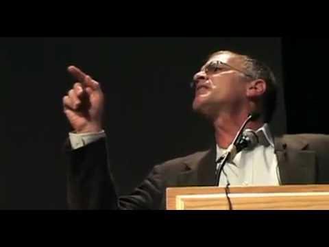 Dr. Norman Finklestein destroys Pro Israel hecklers.