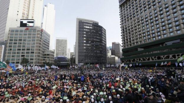 South Korea protests: Seoul rally against Park Geun-hye