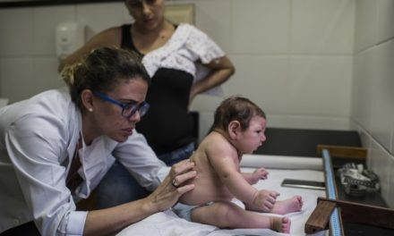 As Zika virus spreads, El Salvador asks women not to get pregnant until 2018