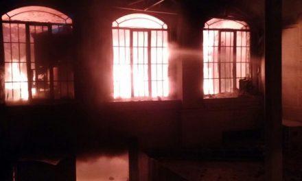Protesters storm Saudi embassy in Tehran, set it ablaze