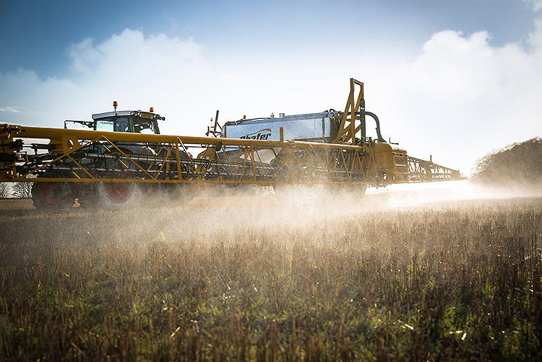 Monsanto Sues to Keep Weed Killer off California's List of Carcinogens