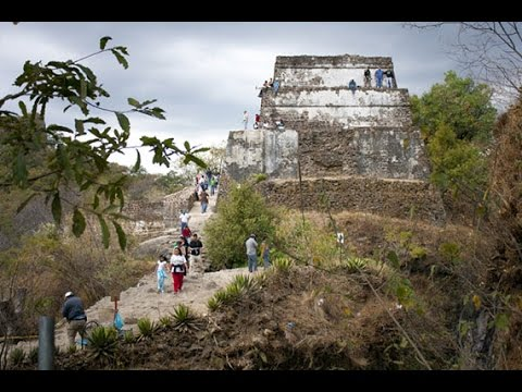 Failed Pyramid Attempt and Crazy Tepoztlan Easter Celebration.