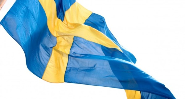 ola_ericson-the_swedish_flag-359-750x400