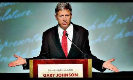 Gary  Johnson Wins Libertarian Nomination
