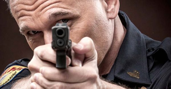 pointing-gun-at-cop