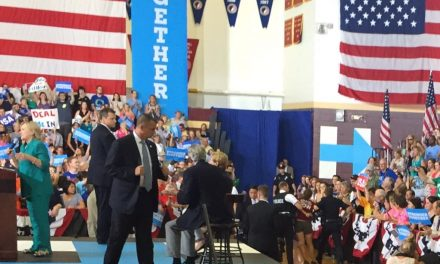 WATCH: Protester Tackled by Secret Service at Clinton's Unimpressive Rally in Iowa
