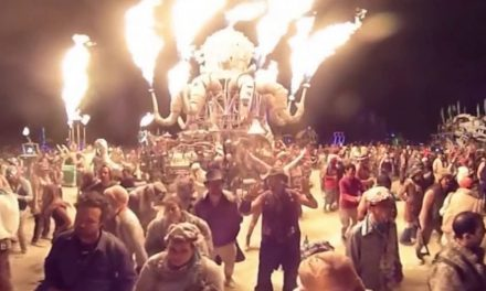 Burning Man 2016 in Stunning 360 Degree VR Experience !