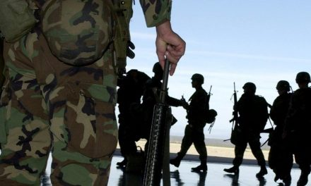 US Iraq War Veterans Being Forced To Repay Enlistment Bonus