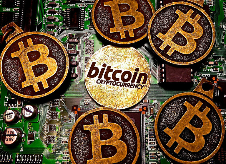 Bitcoin Price Soars Above $1,000 for First Time in 3 Years