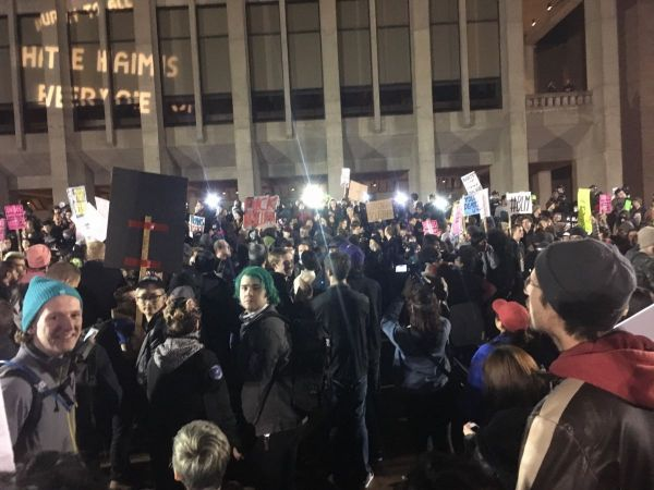 BREAKING: Man Shot at University of Washington During Milo Yiannopoulos Event