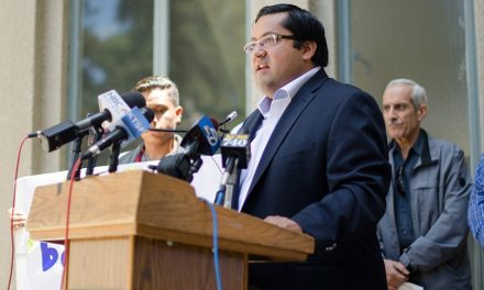 FBI Allegedly Investigating Berkeley Mayor For Inciting Riot, Ordering Cops to Stand Down