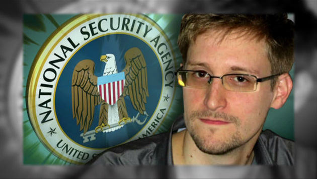 Media Claims Russia Will 'Gift' Snowden to Trump, Ignores Obvious Evidence