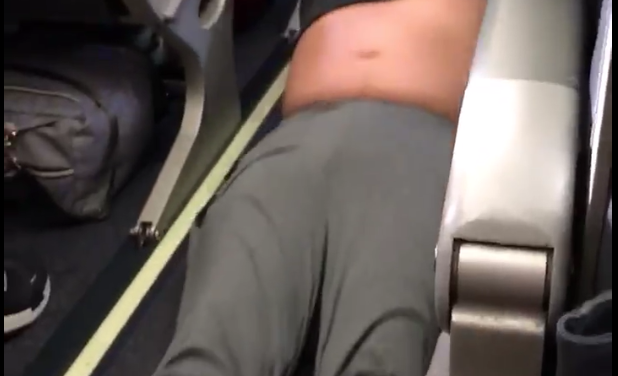 WATCH: United Airlines Passenger Brutally Dragged Off Overbooked Plane By Cops