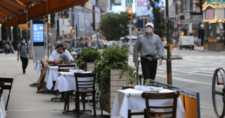 92% of NYC Restaurants Unable to Pay Rent in December, Study Finds